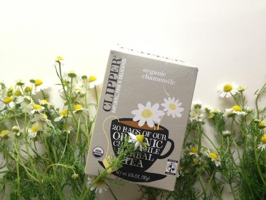 カモミール花と茶.JPG