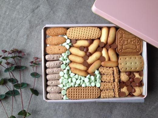 クッキー缶1.jpg