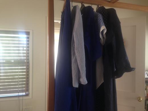 青い服.JPG